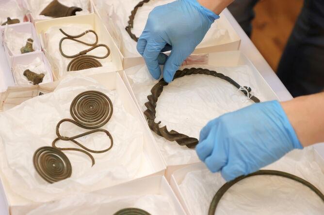 Odkrycie archeologiczne w Szwecji (PAP/EPA/Adam Ihse)