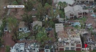 Zniszczenia po uderzeniu cyklonu w Australii