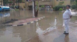 Ulewny deszcz w Egipcie